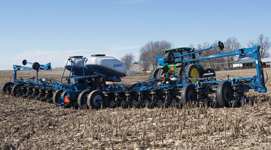 Kinze Unveils New 4900 Series Planter for 2014