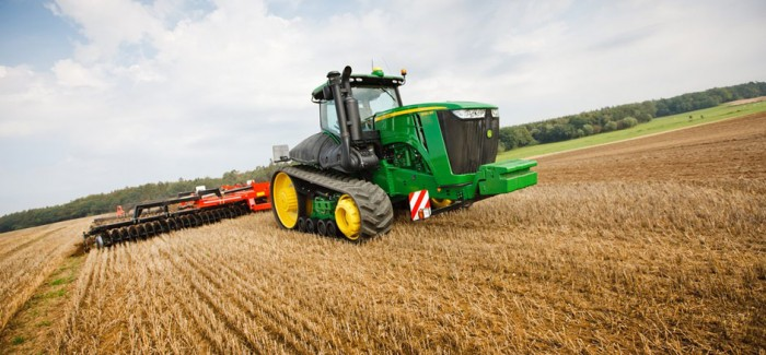 Тракторы серии 9R John Deere