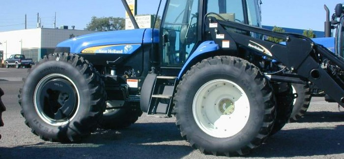 TV6070 Bidirectional Tractor