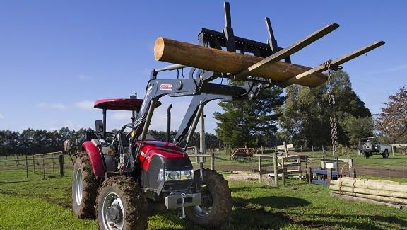 Case IH Farmall JX80 tractor