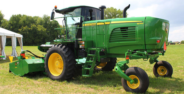 John Deere W260 Windrower and 500R Platform