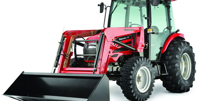 Making choice between a compact utility tractor and a utility tractor