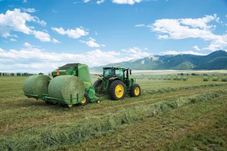John Deere unveils new hay baler range