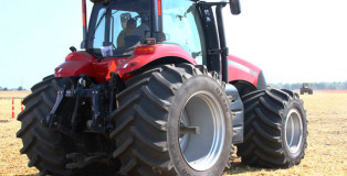 tractor2301