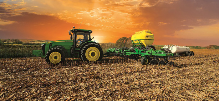 john deere introduces 2510h high speed applicator with dry nutrient attachment
